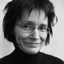 Lili Chartrand - La courte échelle