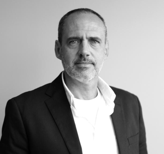 Éric St-Cyr - Parfum d'encre