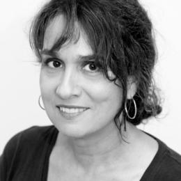 Caroline Merola - La courte échelle